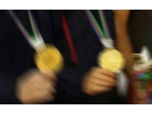 Milliler 5 Madalya İle Döndü