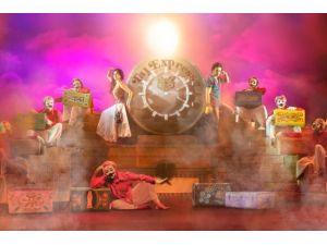 Antalya Tiyatro Festivali'nde Bollywood Rüzgarı Esecek