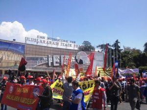 İzmir'de 1 Mayıs Kutlamaları Başladı