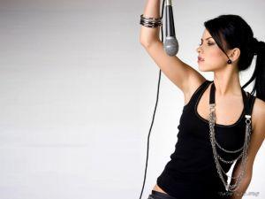 'Çakma Inna' Gerçek Inna'nın Konserini İptal Ettirdi
