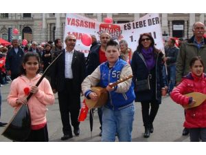O Şehir 1 Mayıs'ı 100 Bin Kişiyle Kutladı
