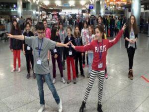 Festivalin Provası Havalimanında Yapıldı