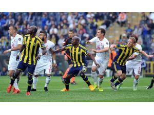 Kadıköy'de Nefes Kesen Maç ! Tam 6 Gol Var