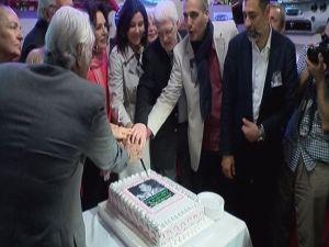 Ayhan Işık'ın 86'ncı Doğum Günü Kutlandı