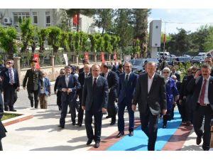 Erdoğan Siirt Valiliğini Ziyaret Etti