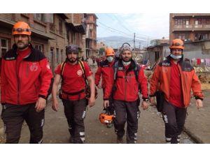 7 Kişiyi Kurtaran Ekip Nepal'den Döndü