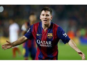 Messi'nin Hedefi Ronaldo'yu Geçmek