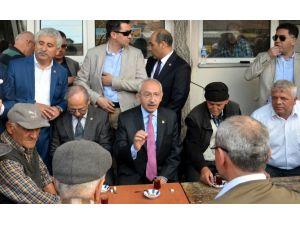 Kılıçdaroğlu Vatandaşlarla Sohbet Etti