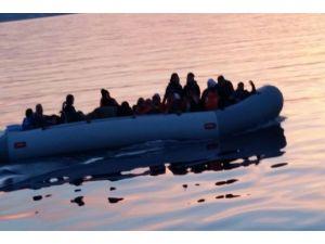 600 Kaçak Mülteci Kurtartıldı