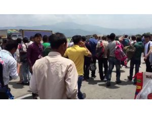 Nepal'daki Yeni Deprem Kamerada