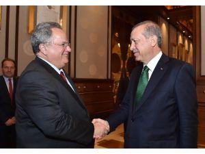 Erdoğan Yunan Bakanı Kabul Etti