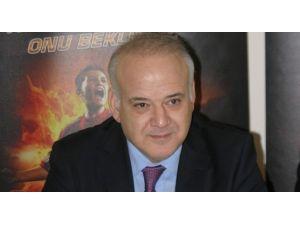 Ahmet Çakar'dan Canlı Yayın Süprizi!