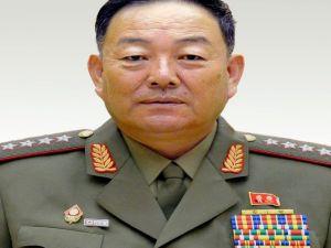 Kuzey Kore'de Törende Uyuyan Bakan İdam Edildi