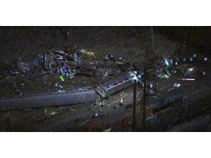 Abd'de Tren Kazası: 6 Ölü, 146 Yaralı