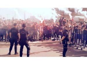 Kartal'a İzmir'de Muhteşem Karşılama