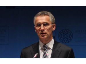 Nato Genel Sekreteri'nden Rusya'ya Çağrı
