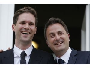 Eşcinsel Evlilik Yapan İlk Ab Lideri