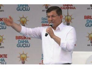 Davutoğlu'ndan Mursi Yorumu