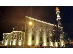 Unesco Listesinde Bulunan Tarihi Cami İbadete Hazır