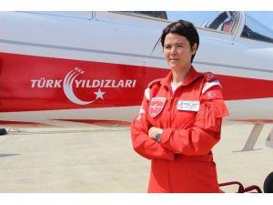 Türk Yıldızları'nın Dişi Kartalı Uçuşa Hazır