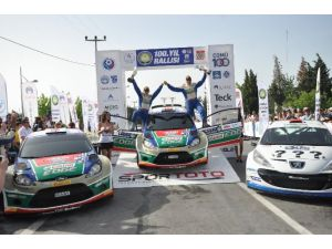 100. Yıl Rallisi'nde Zafer Castrol Ford Team Turkey'in