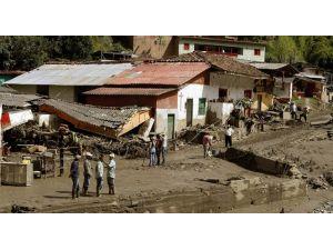Kolombiya'da Toprak Kayması: 58 Ölü