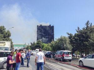 Bakü'de Korkutan Yangın: 10 Ölü, En Az 40 Yaralı