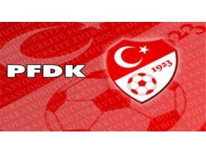Aziz Yıldırım Ve Beşiktaş'a Cezayı Kesti
