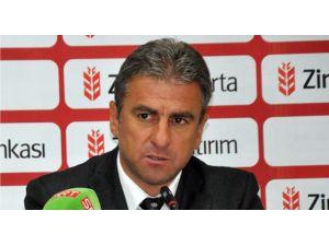 Hamzaoğlu: 'Oyuncumu Öyle İttirmesi Zoruma Gitti'