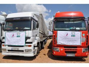 İhh'dan Suriye'ye 100 Tır'lık Yardım