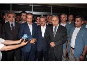 Bakanlardan Bıçaklanan Milletvekili Adayına Ziyaret
