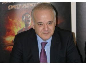 Ahmet Çakar'dan Olay Tweet
