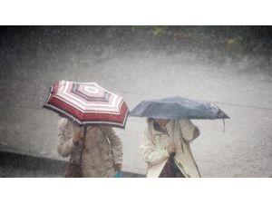 Dikkat: Kuvvetli Yağış Ve Dolu !