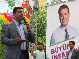 Demirtaş'tan 'Kibar Feyzo'lu Gönderme