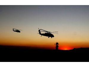 Polis Kampına Hava Saldırısı: 36 Ölü