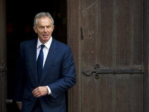 Tony Blair İstifa Etti