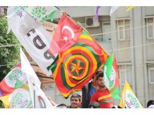 Hdp Mitinginde İlk Kez Türk Bayrağı Görüldü
