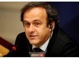 Platini'den Blatter'e İstifa Çağrısı