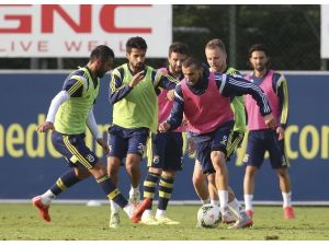 Fenerbahçe'de Kasımpaşa Hazırlıkları Sürüyor