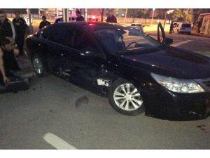 Otomobil Polis Otosuyla Çarpıştı: 4 Yaralı