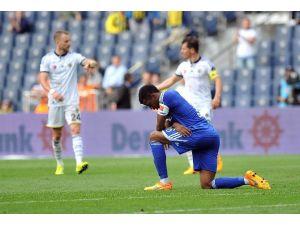 Fenerbahçe Galibiyetle Veda Etti