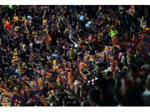 Barcelona Kupanın Sahibi Oldu