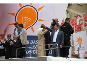 Millet Demirtaş'a Bırakın Oyu Selam Vermez