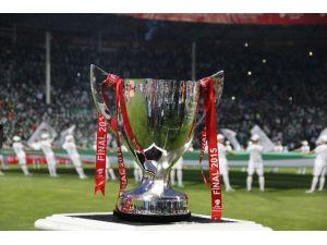 Galatasaray'dan Çifte Kupa