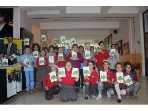 Üçüncü Sınıf Öğrencileri Kitap Yazdı