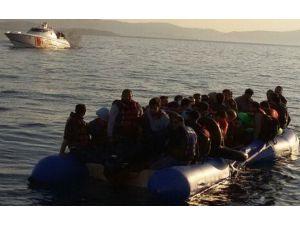 Ege'de Umut Harekatı: 216 Göçmen Kurtarıldı