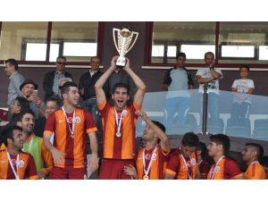 Galatasaray'da Bir Kupa Da U21 Takımından