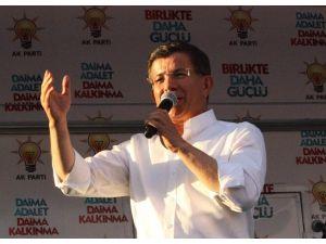 Davutoğlu: Bombaların Hedefi Türkiye Demokrasisi