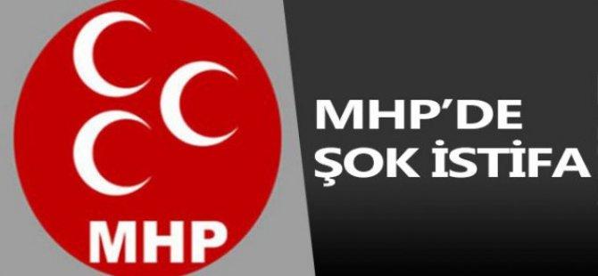 MHP'de Şok İstifa!