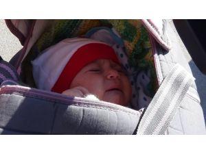 Duruşmaya Böbreği Alınan Bebeğiyle Geldi